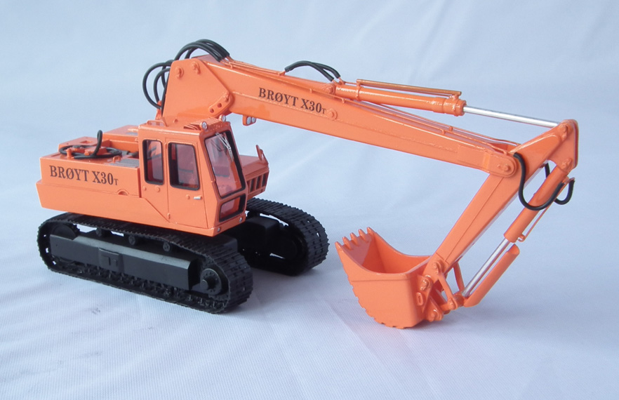 High Quality Resin KIT by Fankit Models Details about  /1//50 Excavator Broyt X30 T Cab 2