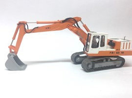 2x3 italian excavator pmi
